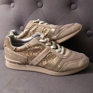 Gold glitter sneakers👑